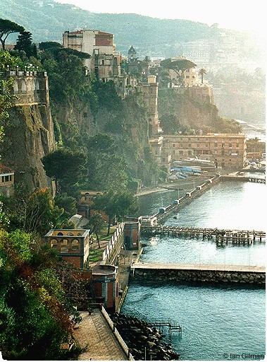 Coastal Living, Sorrento, Italy