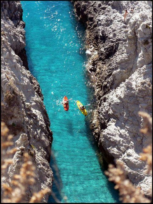Narrow Passage, Capo Vaticano, Calabria, Italy