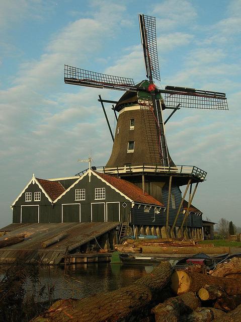 by dfriasruiz on Flickr.Windmill De Rat in IJlst, Friesland, The Netherlands.