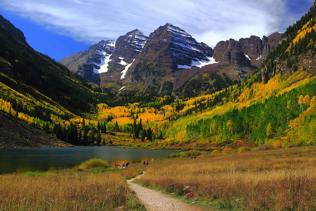 Path to Maroon Bells near Aspen, Colorado, USA