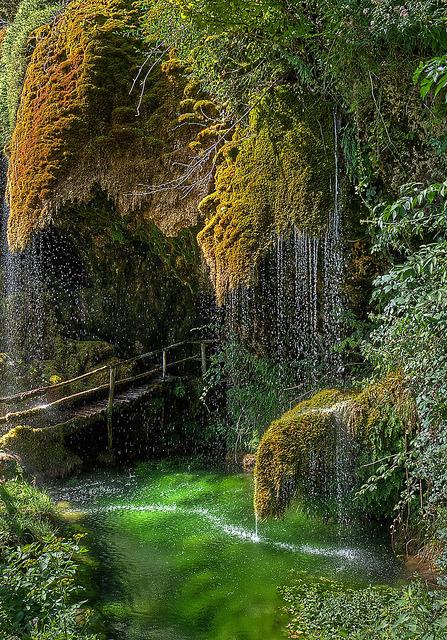 Grotte di S. Cristoforo di Labante in Emilia-Romagna, Italy