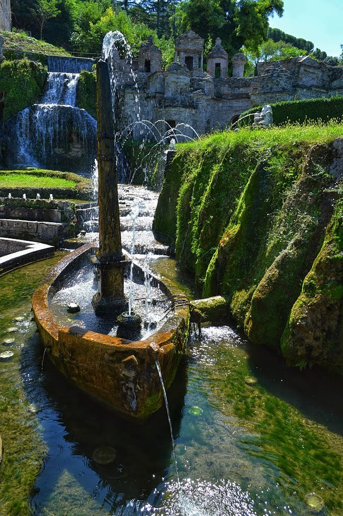 """In the gardens at Villa D'Este, Tivoli / Italy ."""